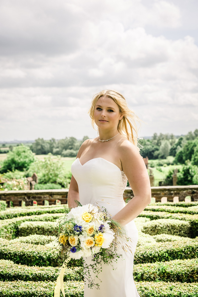 Light, bright wedding styling ideas from Layer Marney Essex with Ayshea Goldberg Photography (23)