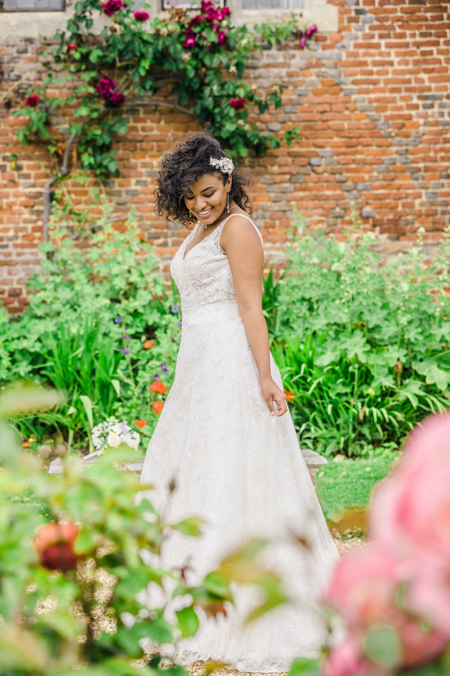Light, bright wedding styling ideas from Layer Marney Essex with Ayshea Goldberg Photography (32)