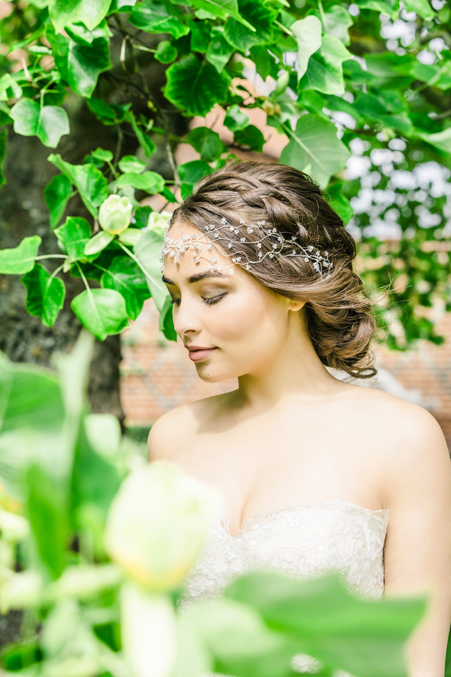 Light, bright wedding styling ideas from Layer Marney Essex with Ayshea Goldberg Photography (33)