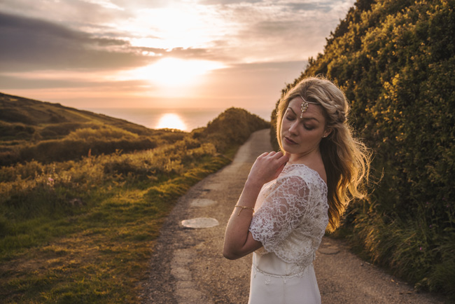 Boho beach wedding ideas - 3 looks on the English Wedding Blog. Image credit Ariana Fenton, Cornwall (27)