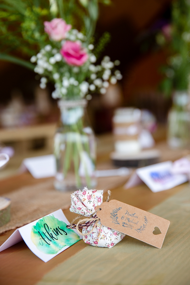 A romantic English wedding by the canal with images by Helen King Photography (6)