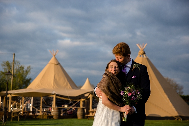 A romantic English wedding by the canal with images by Helen King Photography (20)