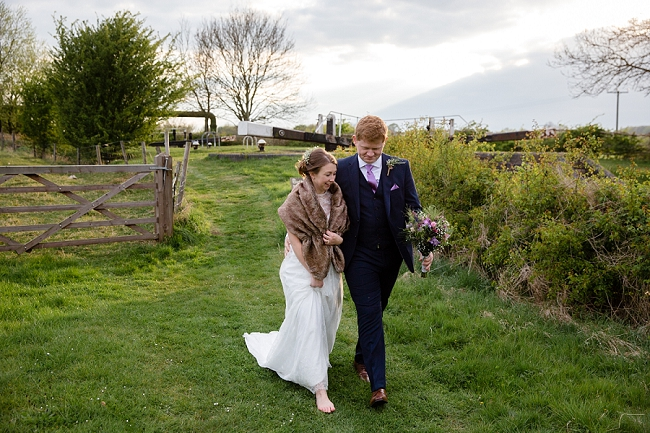 A romantic English wedding by the canal with images by Helen King Photography (21)