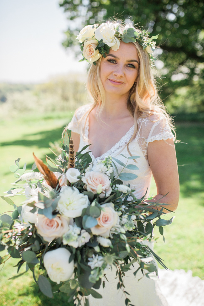 Outdoor wedding style ideas for 2018 at Hyde Bank Farm with Storyteller Photography (21)