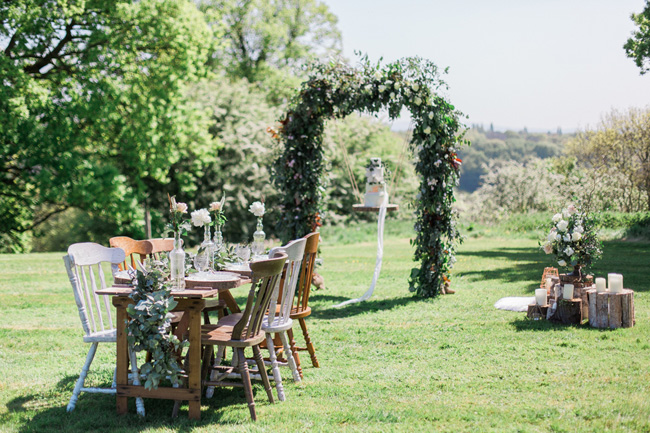 Outdoor wedding style ideas for 2018 at Hyde Bank Farm with Storyteller Photography (24)