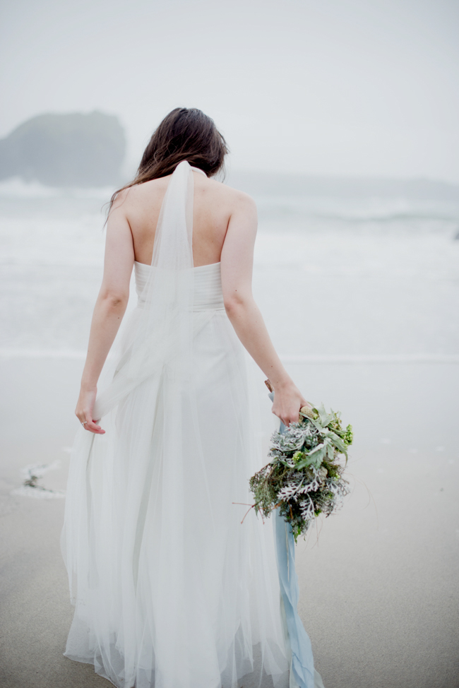 Tales of the sea - inspirational beach wedding style fromSerpentine Shores and Salt & Sea Photography (11)