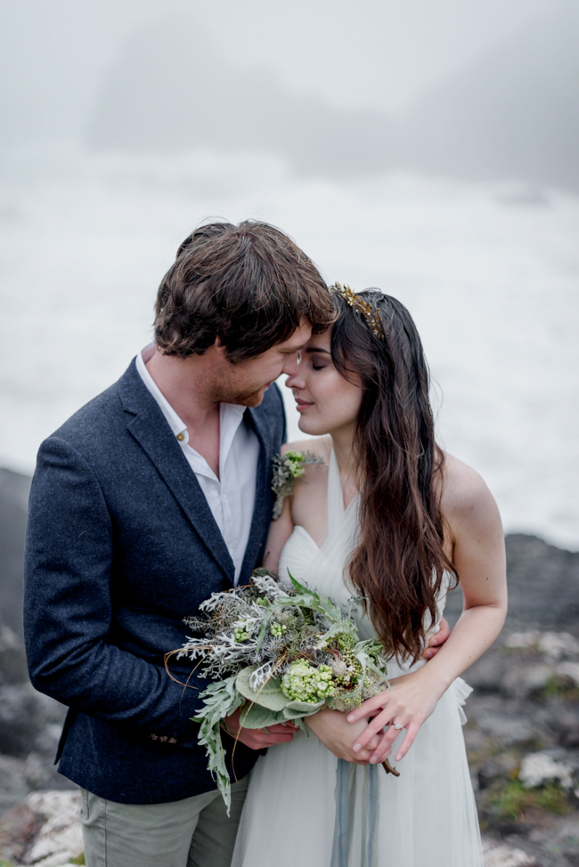 Tales of the sea - inspirational beach wedding style fromSerpentine Shores and Salt & Sea Photography (30)