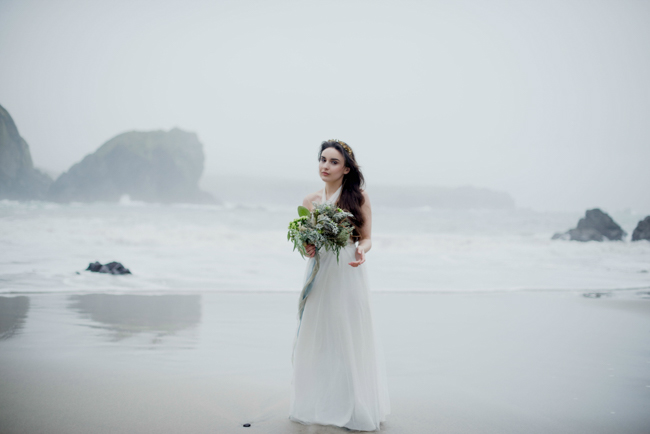 Tales of the sea - inspirational beach wedding style fromSerpentine Shores and Salt & Sea Photography (34)