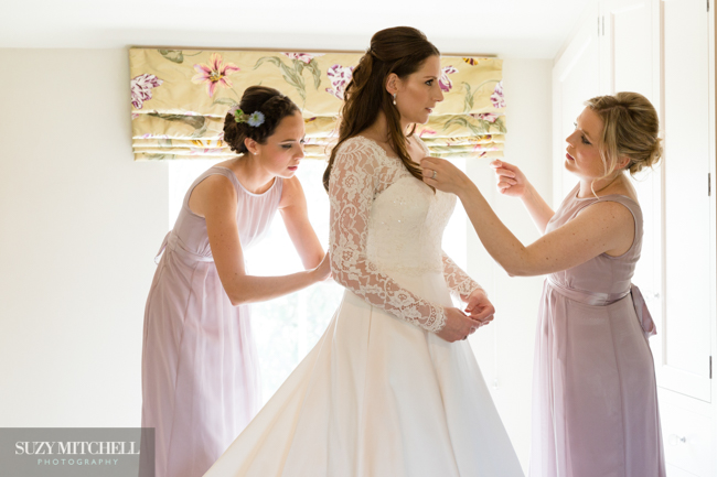 Beautiul styling ideas and luxe marquee florals, image credit Suzy Mitchell Photography (3)
