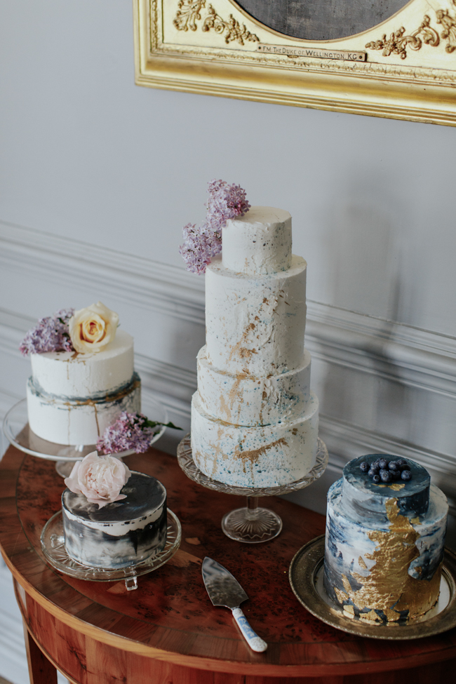 Elegant and classy ideas for a mansion wedding in Devon, images by Tara Statton Photography (11)