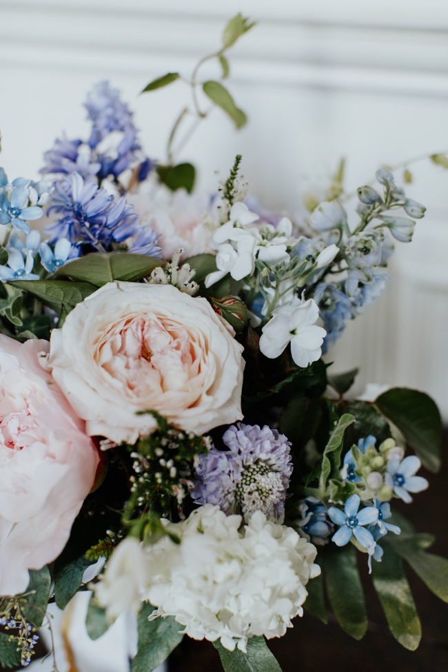 Elegant and classy ideas for a mansion wedding in Devon, images by Tara Statton Photography (24)
