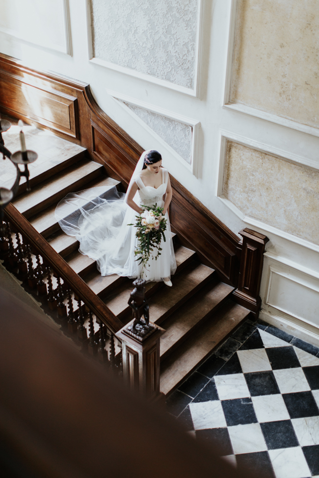 Elegant and classy ideas for a mansion wedding in Devon, images by Tara Statton Photography (26)