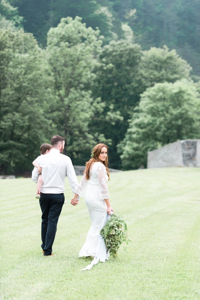Light and breezy destination wedding styling in Italy, image by Jenny Heyworth for Aspire Photography Training (24)