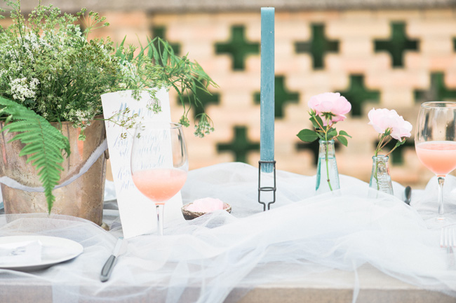 Light and breezy destination wedding styling in Italy, image by Jenny Heyworth for Aspire Photography Training (34)