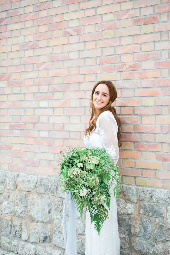 Light and breezy destination wedding styling in Italy, image by Jenny Heyworth for Aspire Photography Training (40)