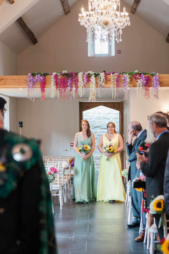 Sunflowers and colourful summer styling for a Lemore House wedding with Amanda karen Photography (12)