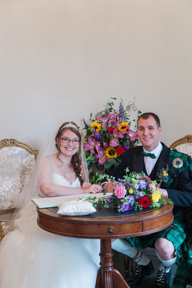 Sunflowers and colourful summer styling for a Lemore House wedding with Amanda karen Photography (16)