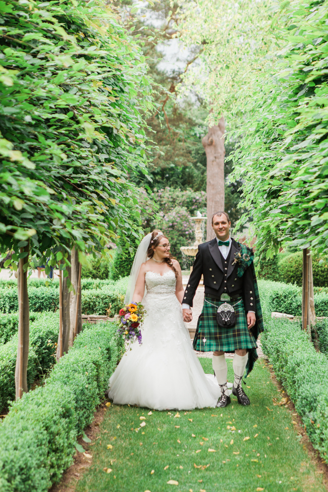 Sunflowers and colourful summer styling for a Lemore House wedding with Amanda karen Photography (26)