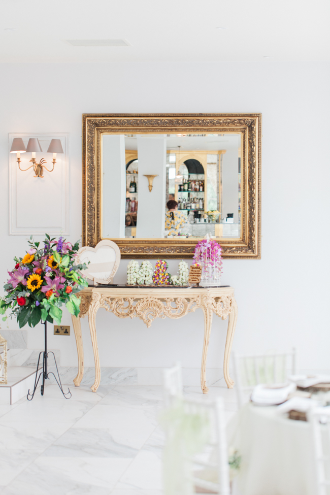Sunflowers and colourful summer styling for a Lemore House wedding with Amanda karen Photography (32)