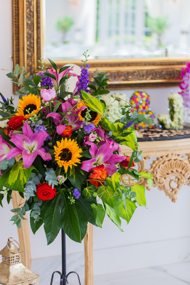 Sunflowers and colourful summer styling for a Lemore House wedding with Amanda karen Photography (35)