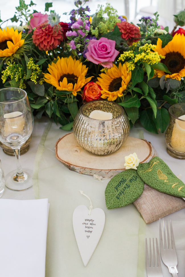Sunflowers and colourful summer styling for a Lemore House wedding with Amanda karen Photography (5)