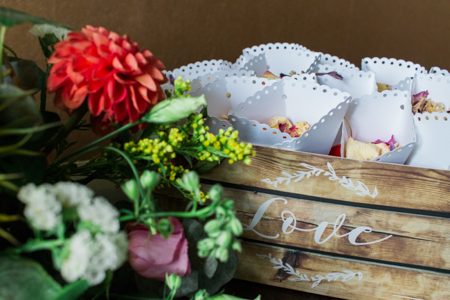 Sunflowers and colourful summer styling for a Lemore House wedding with Amanda karen Photography (7)