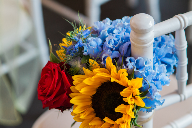 Sunflowers and colourful summer styling for a Lemore House wedding with Amanda karen Photography (8)