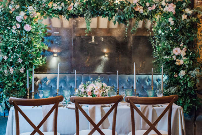 Chic modern wedding styling in London, images by Amanda Karen Photography (28)