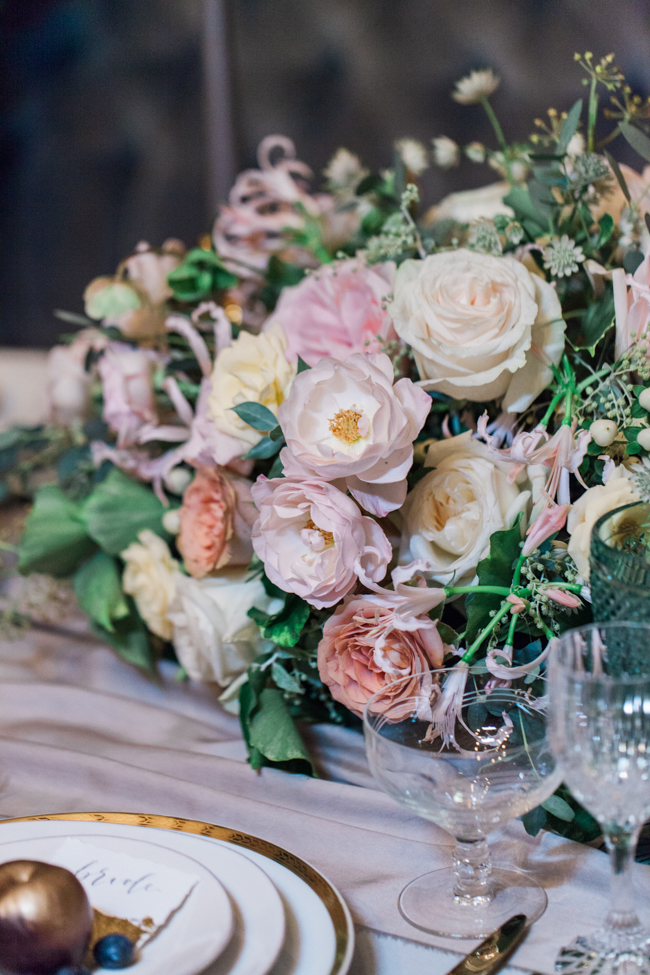 Chic modern wedding styling in London, images by Amanda Karen Photography (36)