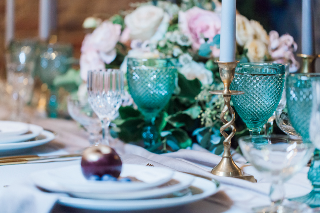 Chic modern wedding styling in London, images by Amanda Karen Photography (37)