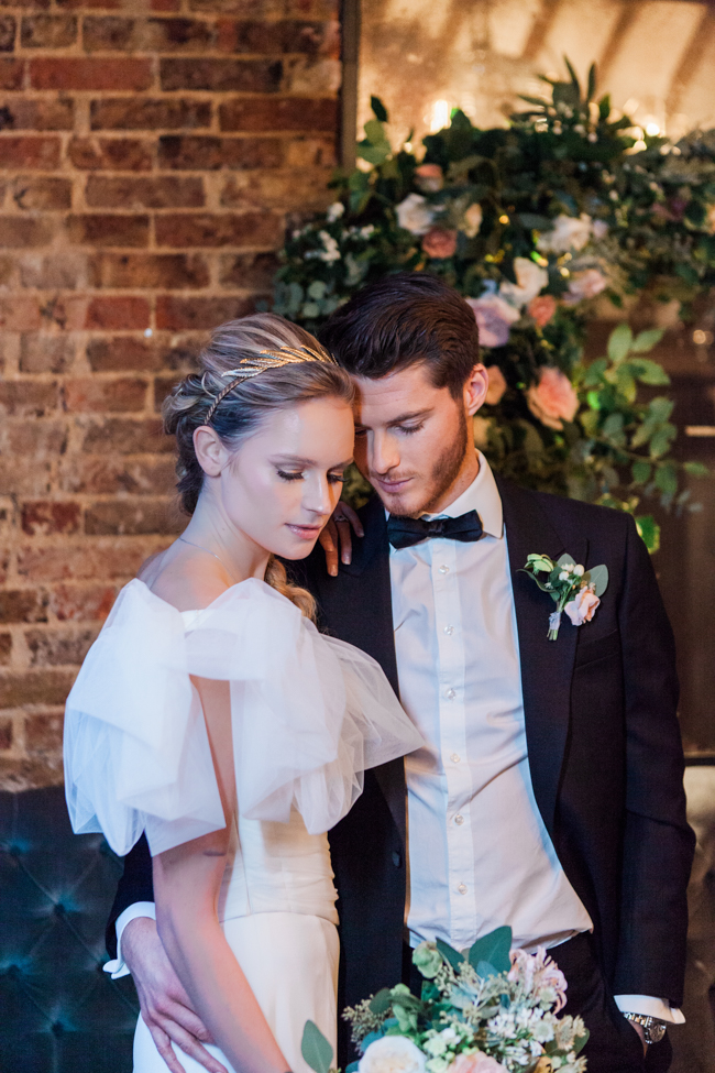 Chic modern wedding styling in London, images by Amanda Karen Photography (21)