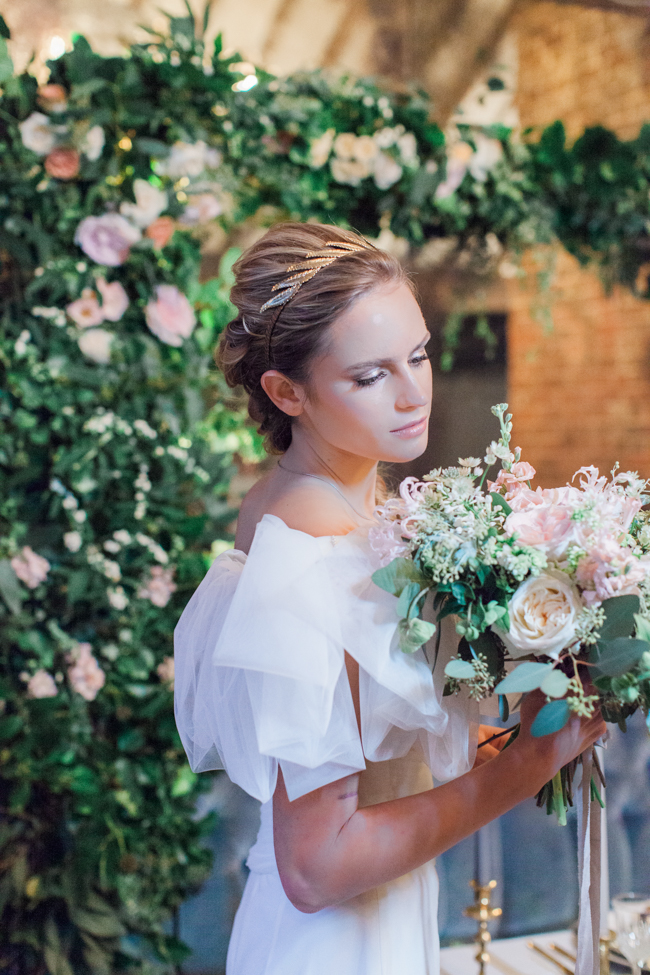 Chic modern wedding styling in London, images by Amanda Karen Photography (25)