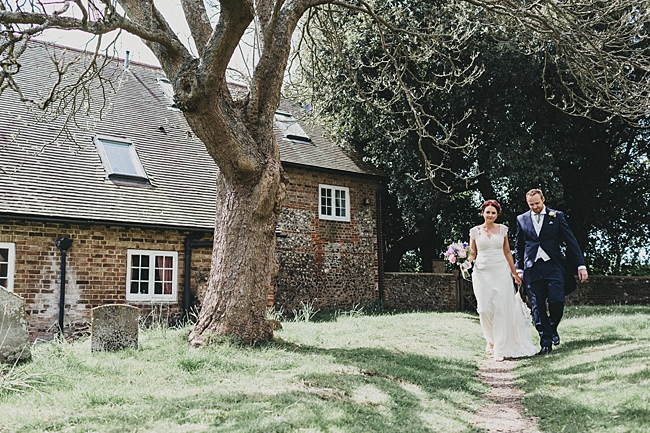 Beautiful floral wedding inspiration at South Stoke Farm Arundel with Jason Williams Photography (15)