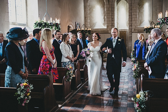 Beautiful floral wedding inspiration at South Stoke Farm Arundel with Jason Williams Photography (17)