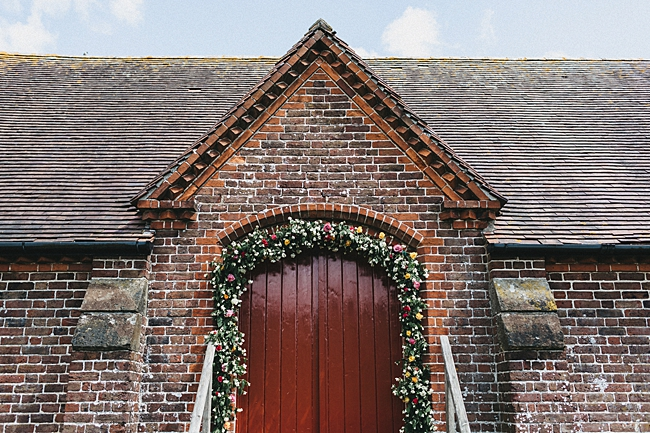 Beautiful floral wedding inspiration at South Stoke Farm Arundel with Jason Williams Photography (7)