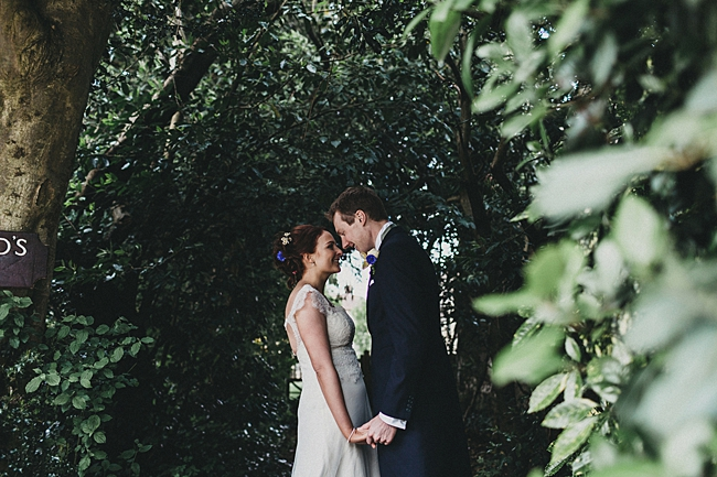 Beautiful floral wedding inspiration at South Stoke Farm Arundel with Jason Williams Photography (21)