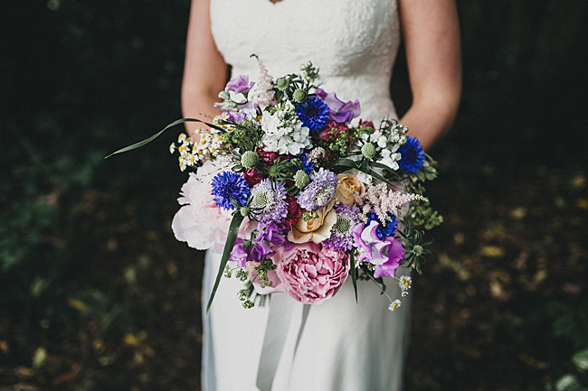 Beautiful floral wedding inspiration at South Stoke Farm Arundel with Jason Williams Photography (24)