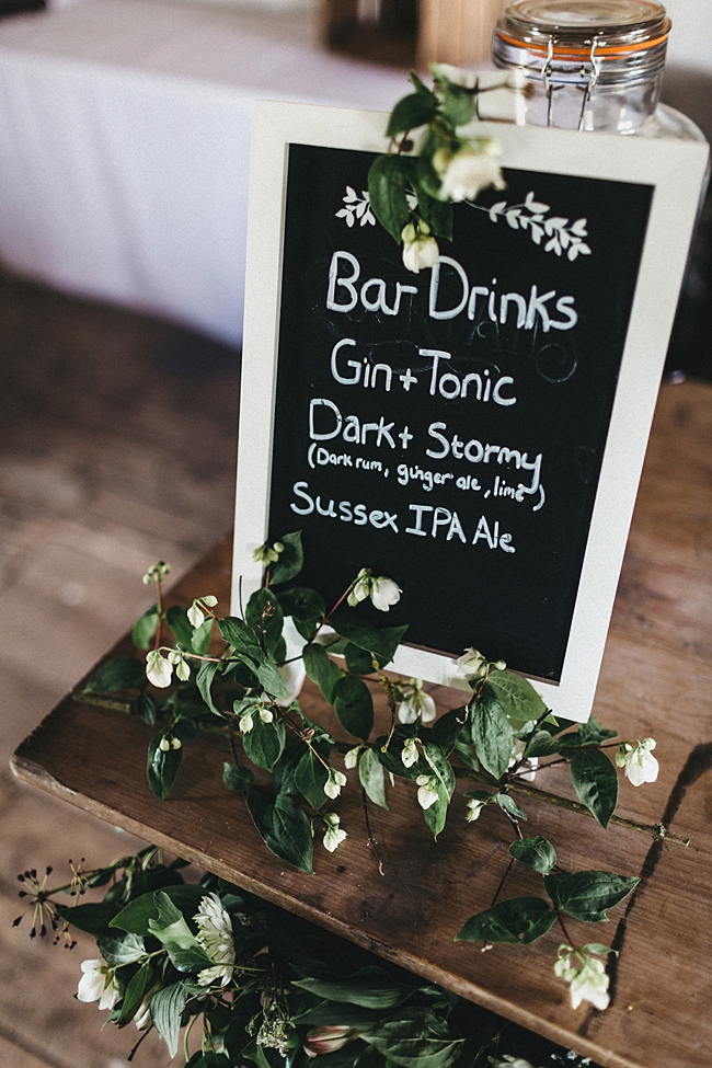 Beautiful floral wedding inspiration at South Stoke Farm Arundel with Jason Williams Photography (5)