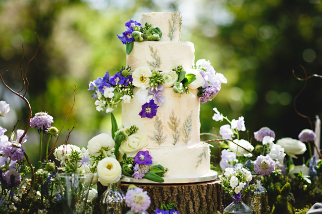 Woodland romance and beautiful bluebells for a Derbyshire wedding shoot with HBA Photography (21)