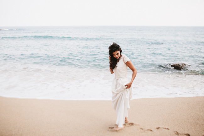 Otaduy dresses for a beach wedding. Photo credit Keisy and Rocky (25)