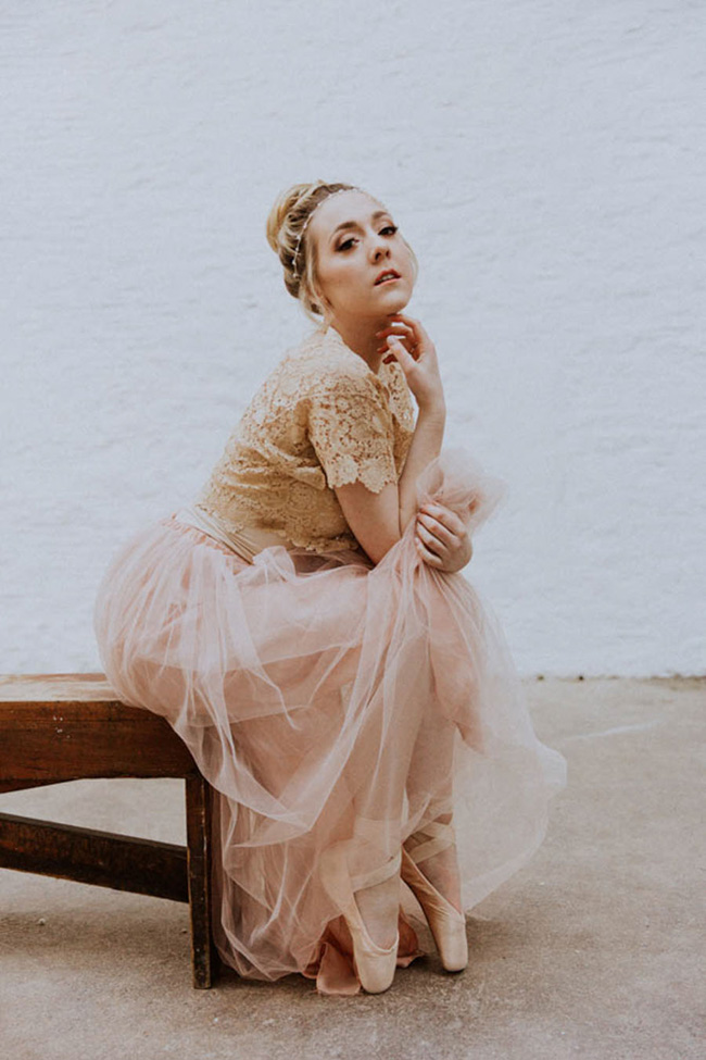 Modern ballet; bridal inspiration with a gorgeous twist. Image credit Oxi Photography (16)