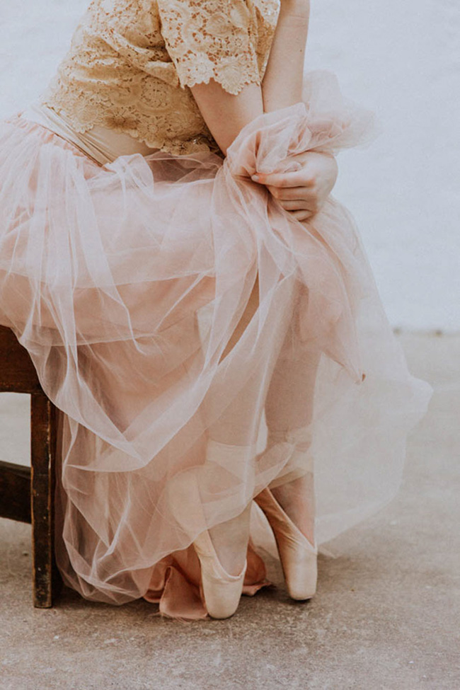 Modern ballet; bridal inspiration with a gorgeous twist. Image credit Oxi Photography (17)
