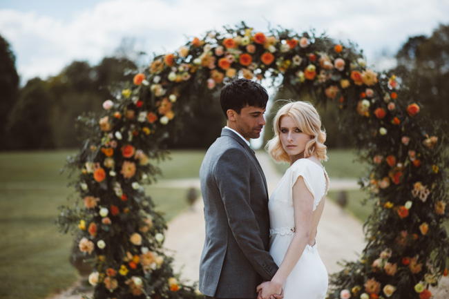 Understated luxury wedding styling in Hampshire by Jenna Hewitt, with Kitty Wheeler Shaw Photography (18)