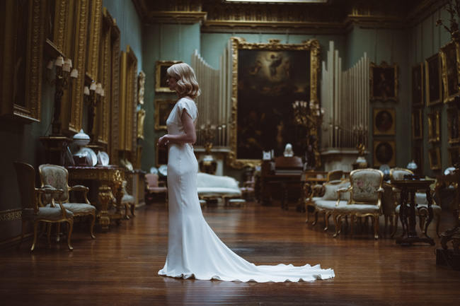 Understated luxury wedding styling in Hampshire by Jenna Hewitt, with Kitty Wheeler Shaw Photography (28)