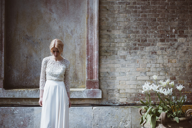 Understated luxury wedding styling in Hampshire by Jenna Hewitt, with Kitty Wheeler Shaw Photography (7)