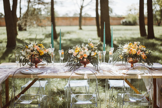 Understated luxury wedding styling in Hampshire by Jenna Hewitt, with Kitty Wheeler Shaw Photography (10)