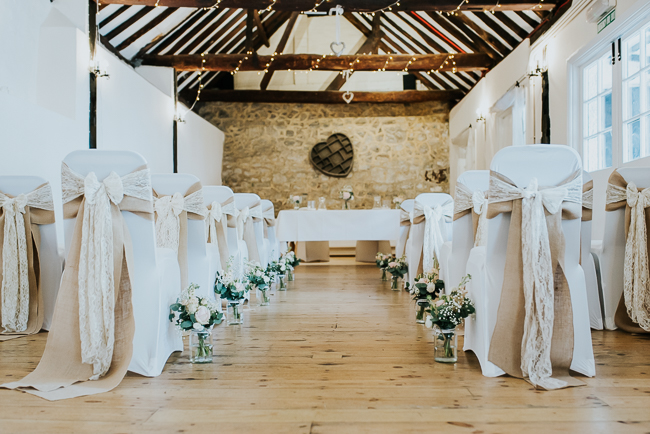 Romantic and simple styling for a traditional English wedding in Kent. Image by Michelle Cordner Photography (4)