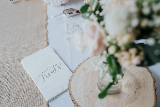 Romantic and simple styling for a traditional English wedding in Kent. Image by Michelle Cordner Photography (16)