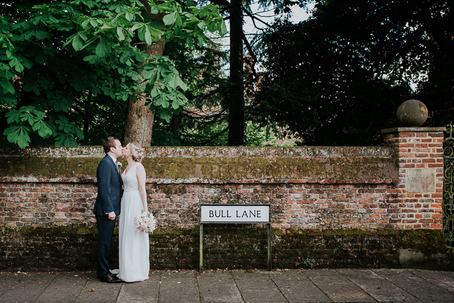Romantic and simple styling for a traditional English wedding in Kent. Image by Michelle Cordner Photography (19)