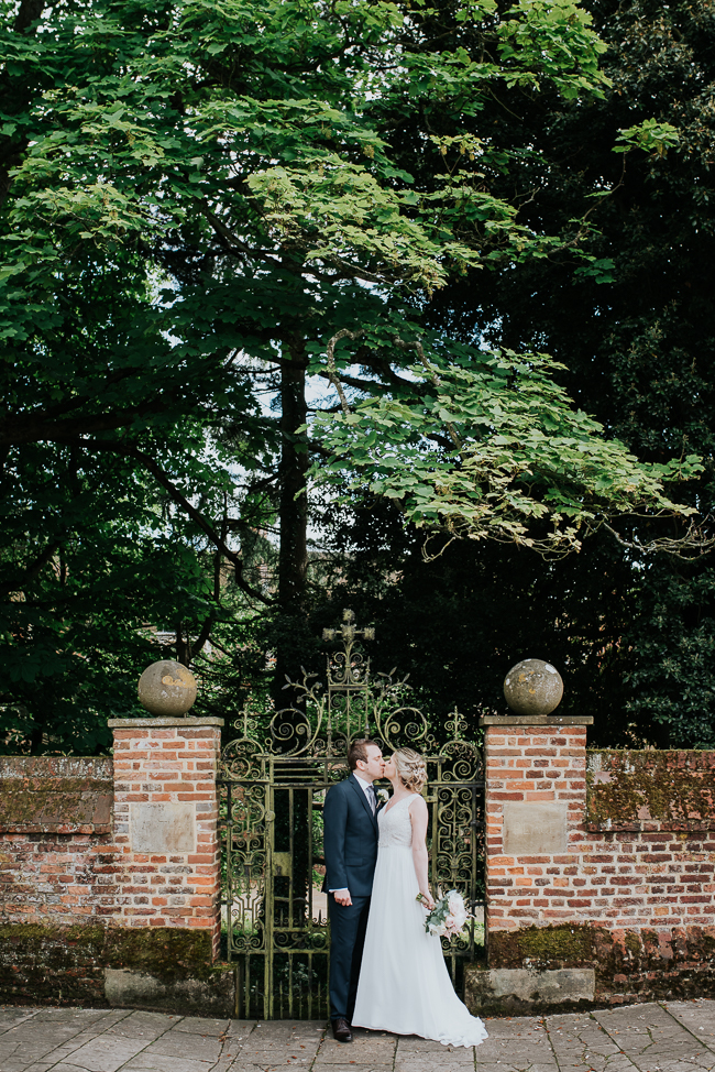 Romantic and simple styling for a traditional English wedding in Kent. Image by Michelle Cordner Photography (20)